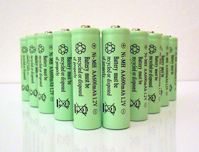 10 Pack NiMH AA 600mAh 12V Rechargeable Batteries